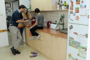 kitchen in Mizrach Hadash for families